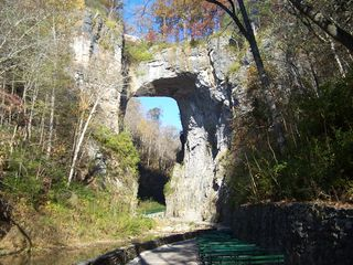Natural bridge 018